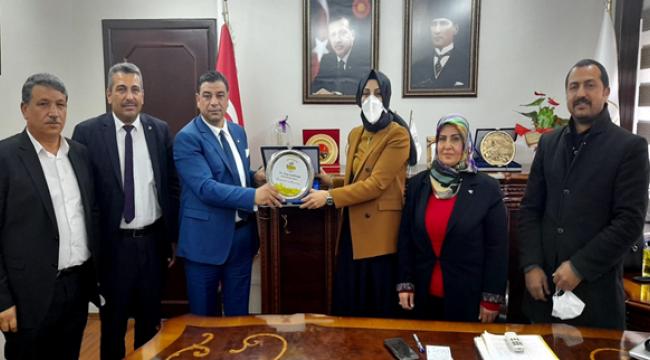Başkan Aslan'dan  Başkan Ayşe Çakmak'a Ziyaret
