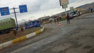 Bozova yolunda kaza, 1 ölü, 3 yaralı