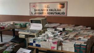Urfa'nın 3 ilçesinde ruhsatsız sağlık kabinlerine operasyon: 2 tutuklama