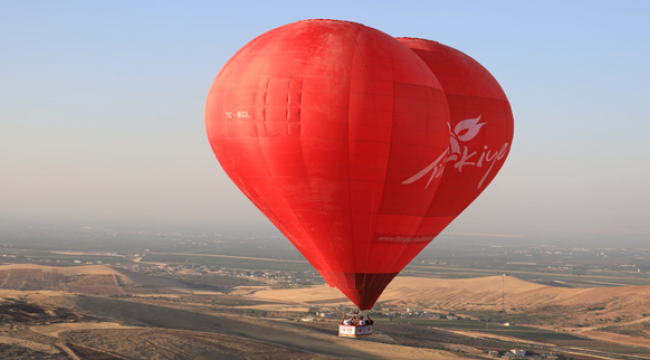 'Tarihin sıfır noktası' Göbeklitepe balon uçuşları başladı