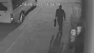 Urfa'da iki araç kundaklamada, 1 gözaltı